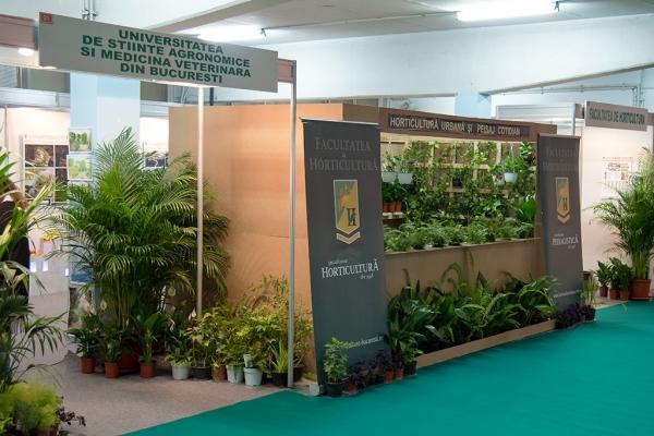 expo-flowers-and-garden-si-romenvirotec-2016-149C68A901-1157-CB3B-3C95-F944E7430A9D.jpg
