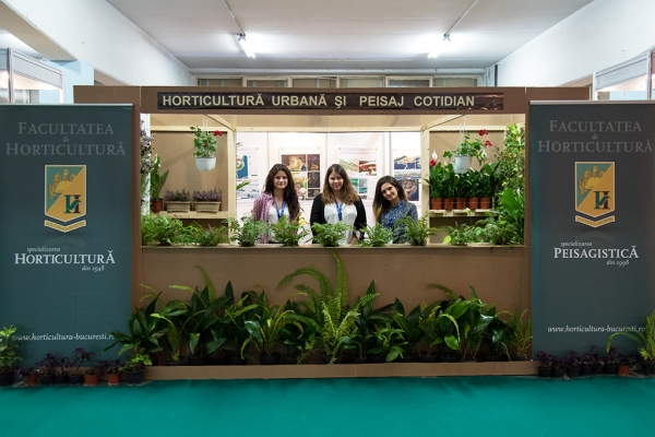 expo-flowers-and-garden-si-romenvirotec-2016-51A021D69-6FDC-70D0-66C1-0282C2CBC319.jpg